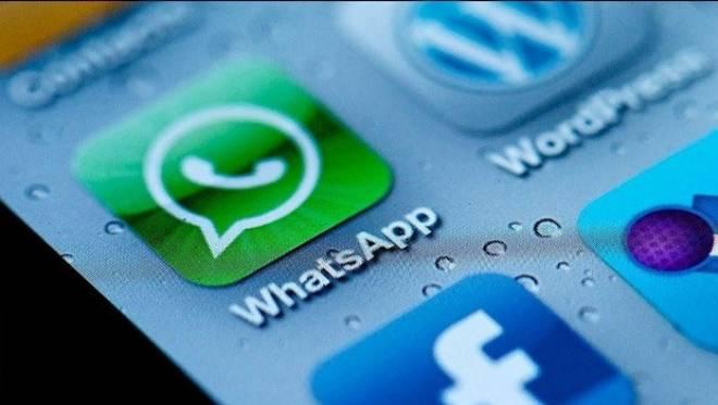 use multiple whatsapp accounts on Iphone