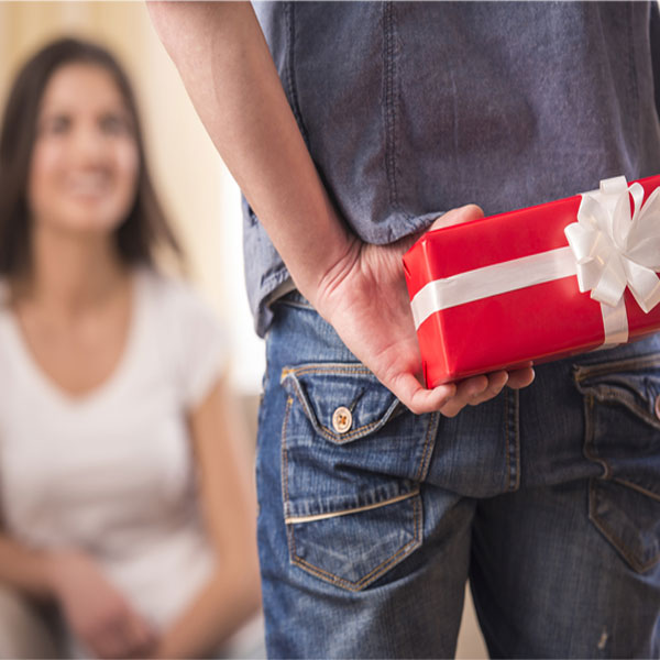 Worry No More Here Are 10 Gift Items For Your Girlfriend On Her Birthday